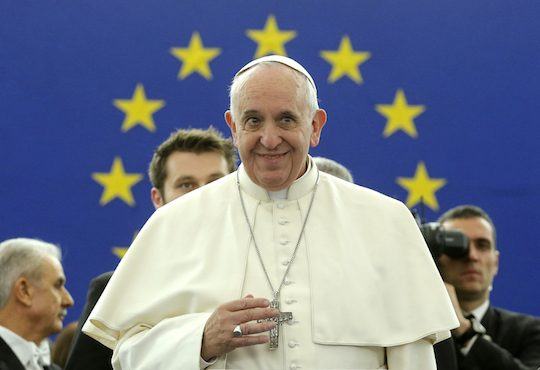 Pope Francis addresses the European Parliament at the institution's headquarters in Strasbourg, November 25, 2014.  REUTERS/Christian Hartmann (FRANCE  - Tags: POLITICS RELIGION)   - RTR4FHEY
